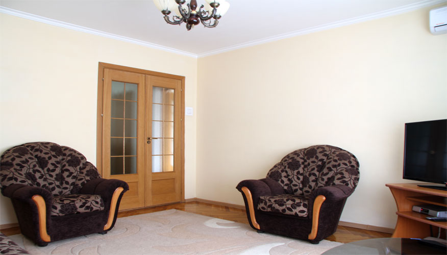 6 PERSONS ACCOMMODATION IN CHISINAU